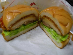 辛味噌チキンバーガー(4)